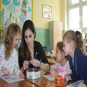 Kindergarten tutors